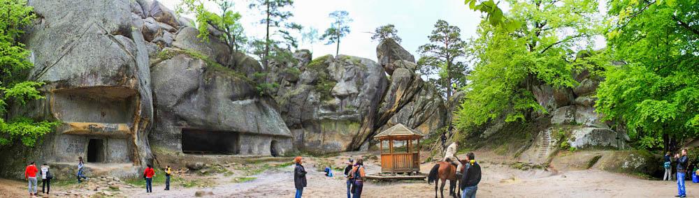 dolina-nartsissov-panorama-opisanie
