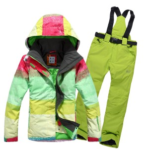 10-hiking-winter-outfit-4