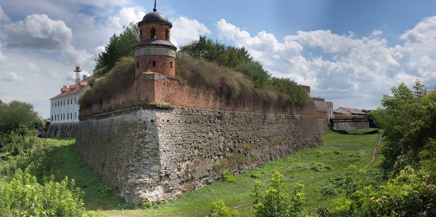 dubensky_zamok_panorama